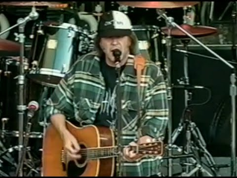 neil-young-full-concert-10-18-97-shoreline-amphitheatre-official-neil-young-on-mv