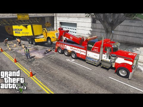 GTA 5 Real Life Mod #161 Peterbilt Wrecker Towing A Tractor Trailer That Hit A Low Clearance Bridge