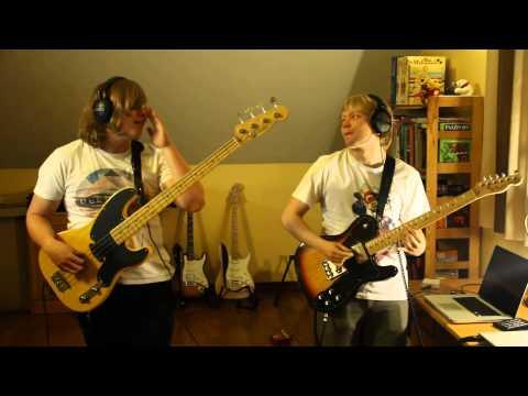 Red Hot Chili Peppers  Hump De Bump bass + guitar