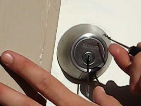 Defiant Deadbolt Defeated With Southord SPS 12 And Short Rigid Tension Tool    YouTube