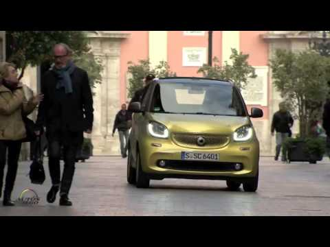 2017 smart fortwo cabrio test drive in Valencia, Spain