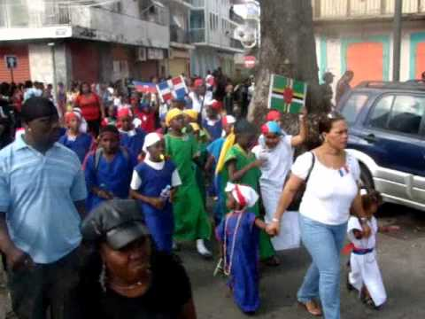 Download ecole Raymonde Bambuck Carnaval