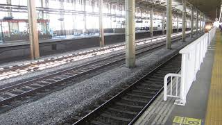 上越新幹線「現美新幹線」とき453号新潟行きが長岡駅に到着