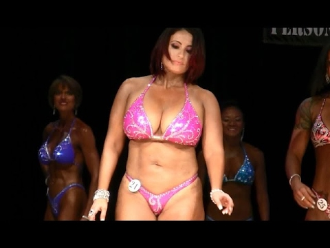 Women's Figure Competition - YouTube
