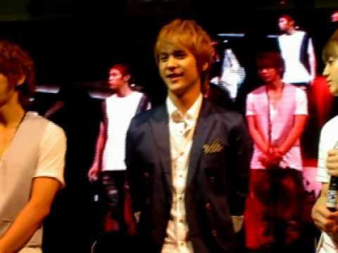 BEAST/B2ST Fan Meeting: Dongwoon waved at me!!! 061610 [HQ FANCAM]