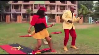 Élection Angola- Koffi Olomide chante MPLA