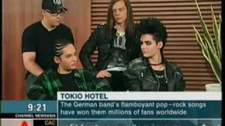 (ESPAÑOL) Interview with Tokio Hotel on CNA - Singapore