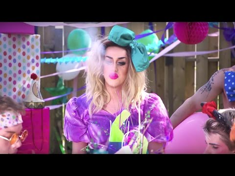 Adore Delano Releases 'Party' Video