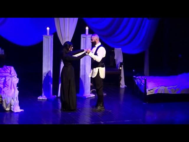 «Το Κορίτσι και το Αγόρι μέσα στο Σπίτι» - Χορός stellasview.gr