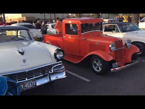 McDonald's Rock 'N' Roll Classic Car Show 12-10-16 (Part 1)