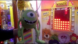 crazy mike wazowski stacker claw machine win toy story bobblehead claw machine wins plus more