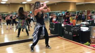 Almost like praying 🙏🏽 🇵🇷- zumba with Dorota Opio