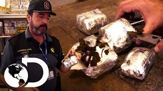 9 Kg de droga escondida | Control de fronteras | Discovery Latinoamérica