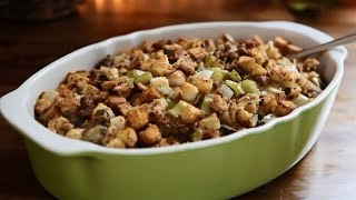 Stuffing Recipes - How To Make Sausage Oyster Stuffing