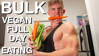 Full day of eating as a vegan who is bulking! here i show all the food eat while bulking vegan. if you are interested in what meals to build mu...