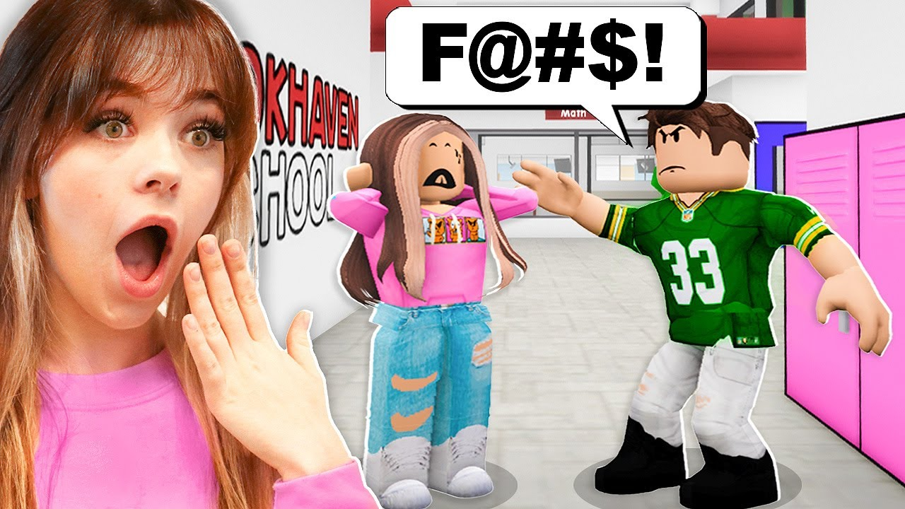 I WENT TO BROOKHAVEN HIGH SCHOOL.. MEAN BOY HAD CRUSH ON ME! (ROBLOX BROOKHAVEN RP)