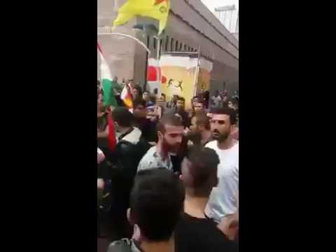 Езиды в Ганновере запретили курдам поднимать курдский флаг