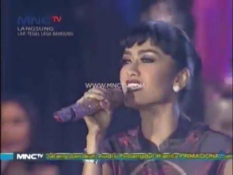 "Julia Perez "" Lonely "" - MNCTV Road Show Bandung (19/12) Mp3"