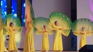 평양예술단이 부르는 고향의 봄(무용 섞어서 퓨전) 계수나무 한나무 토끼한마리 춤. 20190621 나라사랑음악회