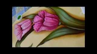 Como pintar folhas dobradas em tecido