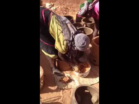Darfur Women Network's production Station-Safe Stove