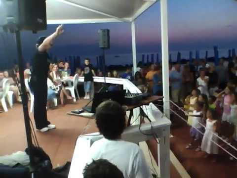 Waka waka - Bagni Lido - Livorno - 2010-07-05.mp4