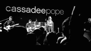 Смотреть клип Cassadee Pope - Bed Of Roses