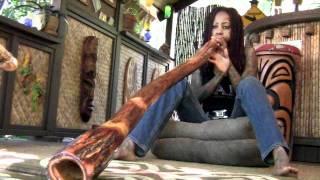 Debra Wilson of MadTV plays Didgeridoo