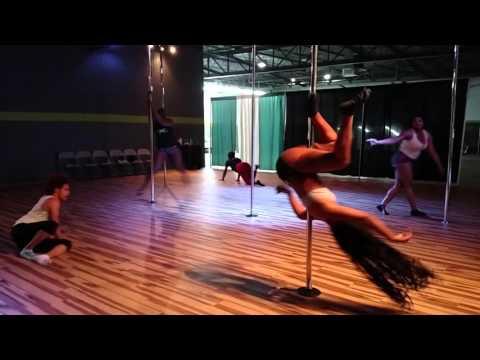 Pole Play - LSG - My Body