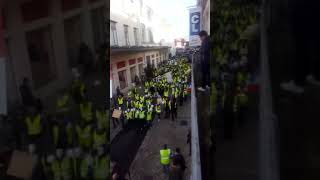 Les gilets jaunes dans le centre ville pour leur marche silencieuse