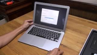 Tinhte.vn - Trên tay MacBook Air 2015(Chi tiết về video trong bài viết: https://www.tinhte.vn/threads/tren-tay-macbook-air-13-3-2015-nang-cap-de-chay-nhanh-hon.2436791/ - Trong khu vực: ..., 2015-03-14T07:32:35.000Z)
