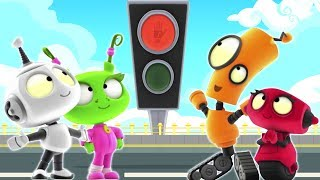 Learning Traffic Light Signs | Too Fast Too Furious | Rob the Robot