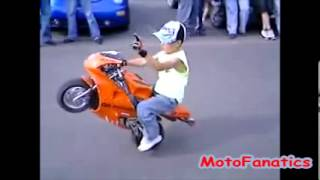 Pocket Bike Kid stunt riding