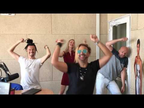 Группа Rumberos закатила летнюю вечеринку в студии Люкс ФМ