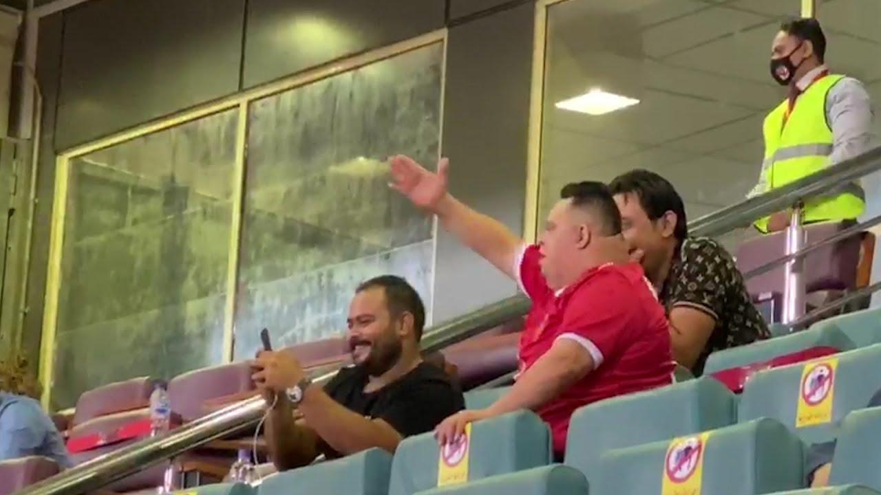 «أمح» يحيي «كهربا» والشيخ والشناوي وقفشة قبل انطلاق مباراة الأهلي وطنطا