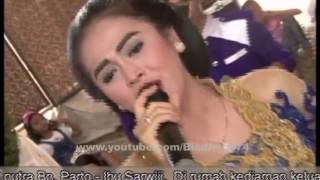 Video Chandra ★ Nitip Kangen ★ Lorssa Pandean 2016 download MP3, 3GP, MP4, WEBM, AVI, FLV Maret 2018