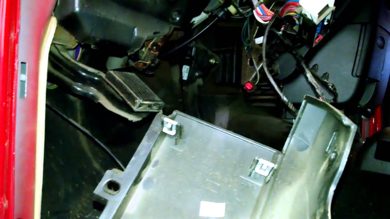 small resolution of heater core replacement overview dodge ram 1500 2004 2005 component overview