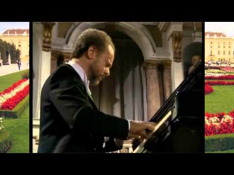 Malcolm Frager - W.A. Mozart Piano Concerto No.5 in D