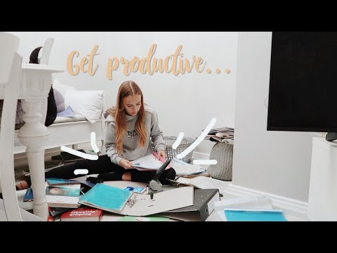 ok, time to get productive... Vlog //Hannah
