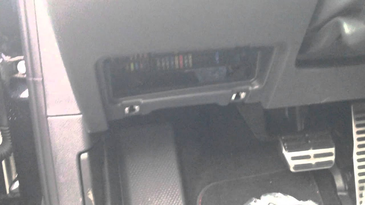 How to access the fuse box on a 20112013 Volkswagen Jetta