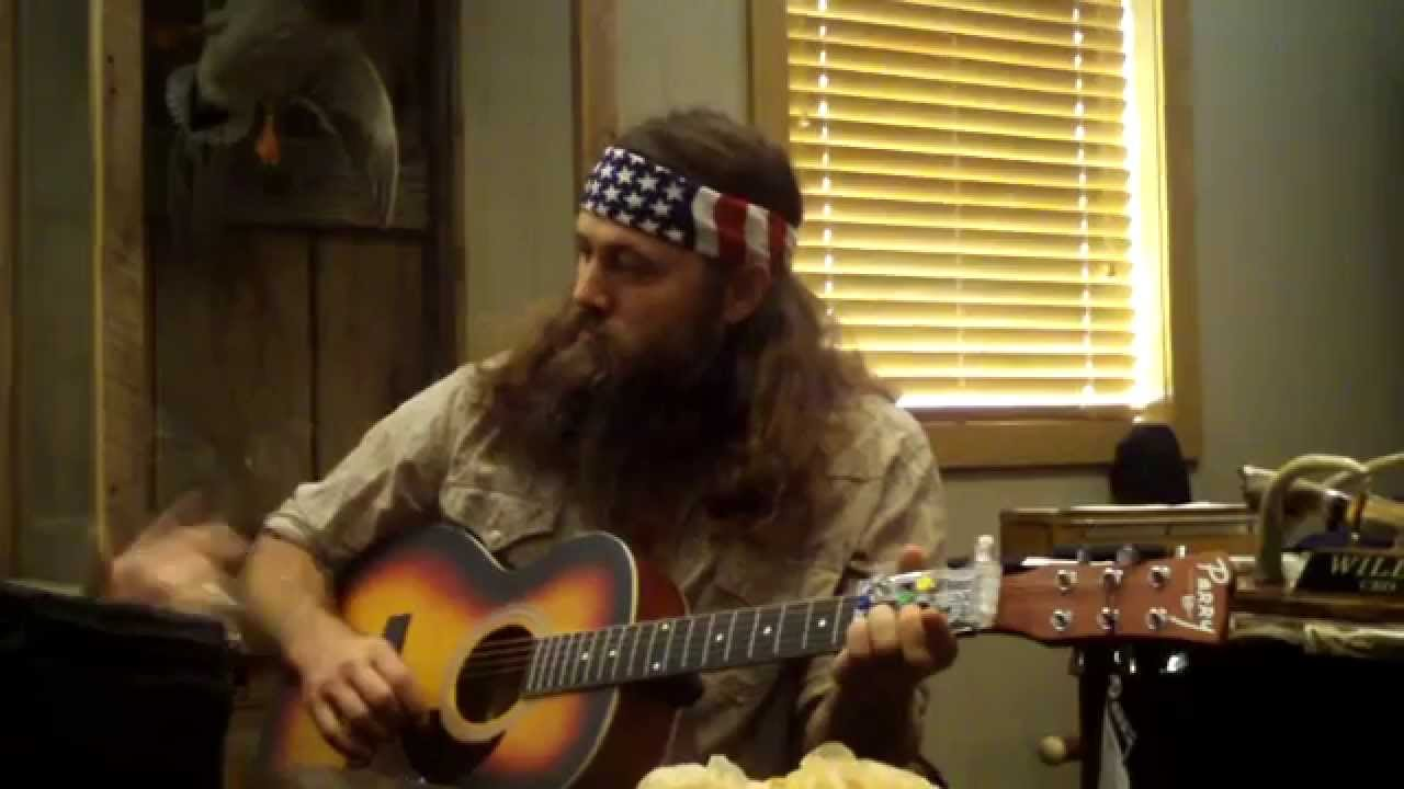 Duck Dynasy Willie Robertson Plays Guitar With The Chordbuddy Youtube