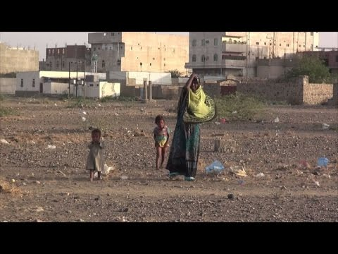 IDPs fleeing Yemen's Mokha adapt to 'miserable life' in camps