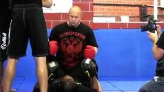 Скачать Fedor Emelianenko Teach His Ground N Pound In MMA Seminar