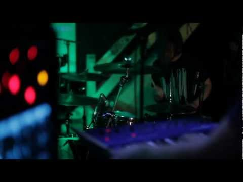 Neon Indian - 'Arcade Blues' - live in the Boiler Room