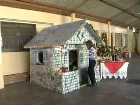 19 11 Alunos Da Escola José Fanton Constroem Casa Com Caixas De