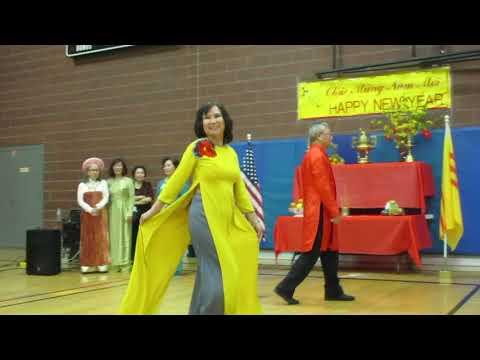 FASHION SHOW AO DAI VIET NAM 2018-Ngoc Tuyet