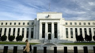 Fed Pledges Patience on Rate, Drops 'Considerable Time'