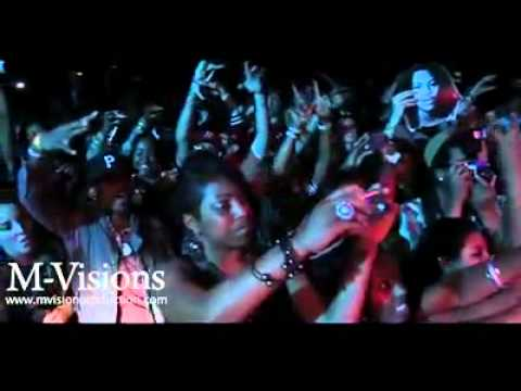 Waka Flocka - Grove St. Party (On Stage Performance)