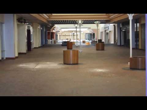 Palm Springs Mall CLOSED & ABANDONDED 2017