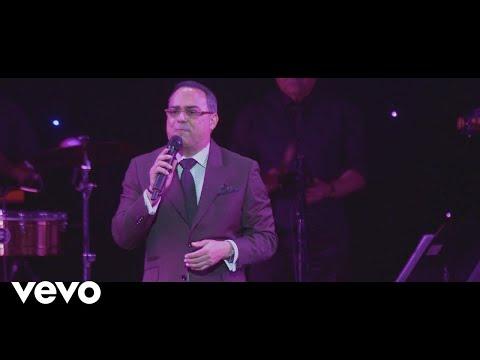Gilberto Santa Rosa - Sin Voluntad (En Vivo)